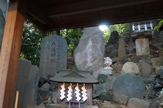 ⑦航空守りに!飛行機の御朱印がいただける羽田神社
