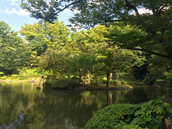 ①都心の小さな神社、廣尾稲荷神社(東京都港区南麻布)