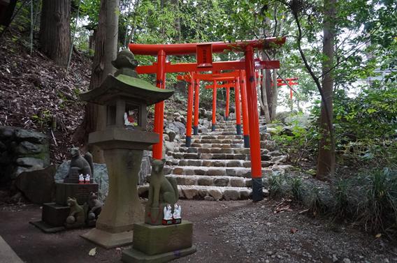 ③キツネさんの萌えキャラ絵馬?!白笹稲荷神社(神奈川県秦野市)