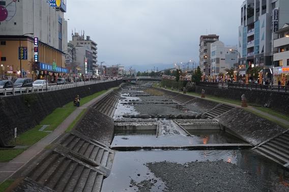 ①名水の地の守り神 曾屋神社(神奈川県秦野市)
