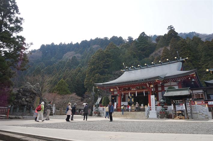 ケーブルカーで大山詣り、大山阿夫利神社(神奈川県伊勢原市)