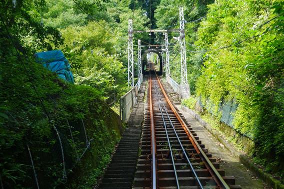 ⑥ケーブルカーで大山詣り、大山阿夫利神社(神奈川県伊勢原市)